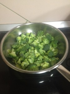 adaugam broccoli si sotam in continuare